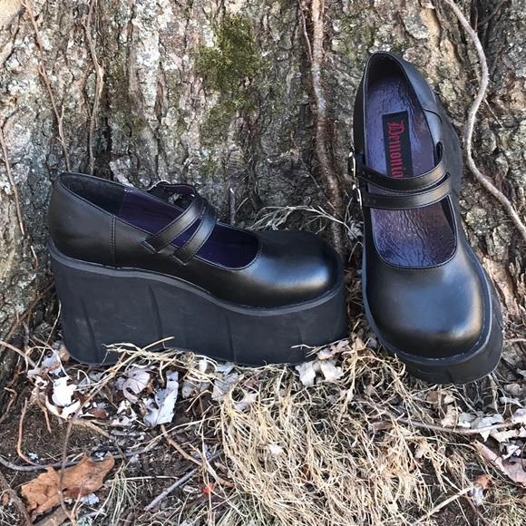 a62f118ee0e demonia Shoes - demonia kera 08